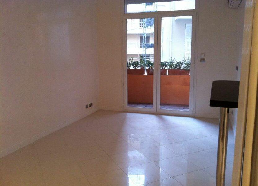 Appartement à louer 35.3m2 à Nice