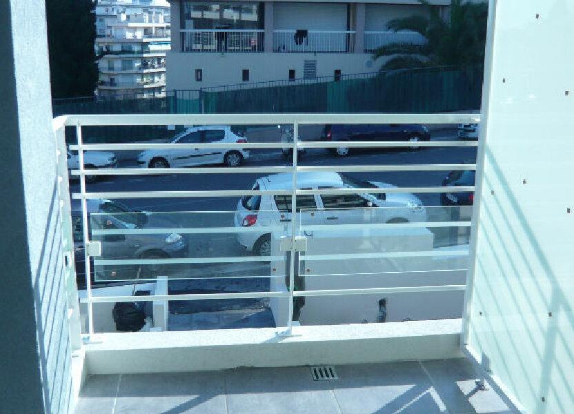 Appartement à louer 21.71m2 à Nice