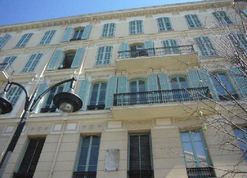 Appartement à louer 29.55m2 à Nice