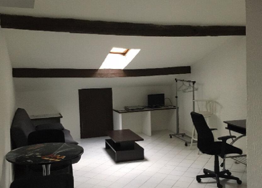 Appartement à louer 16.81m2 à Nice