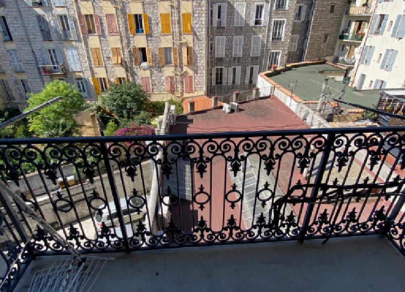 Appartement à louer 29.95m2 à Nice