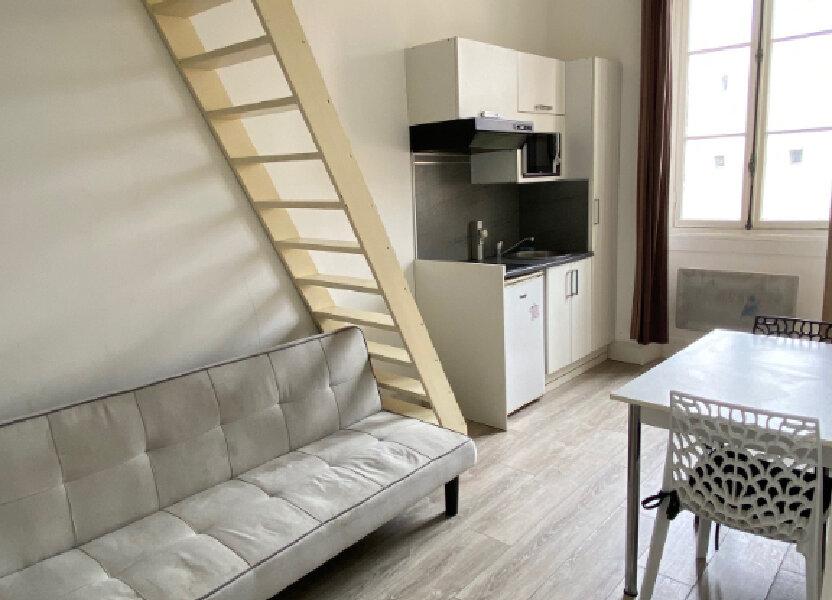Appartement à louer 12.73m2 à Nice