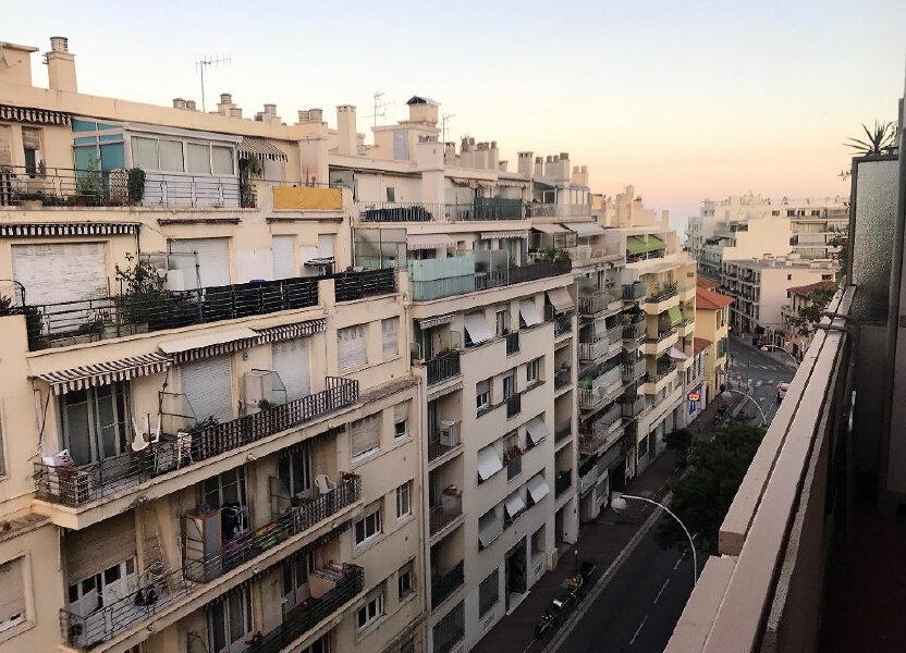 Appartement à louer 28.25m2 à Nice