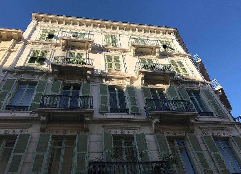 Appartement à louer 18.82m2 à Nice