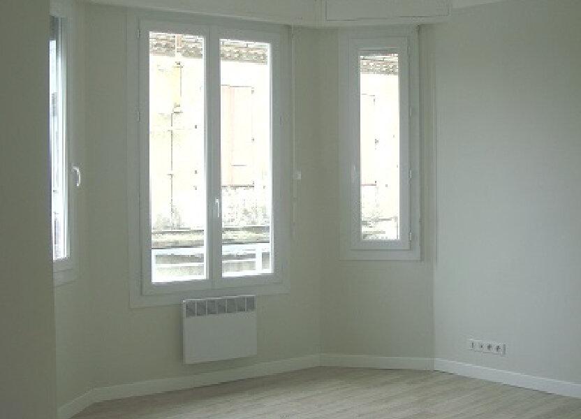 Appartement à louer 40m2 à Le Cannet