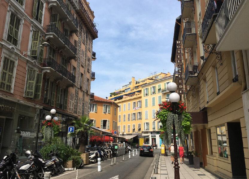 Appartement à louer 49m2 à Nice