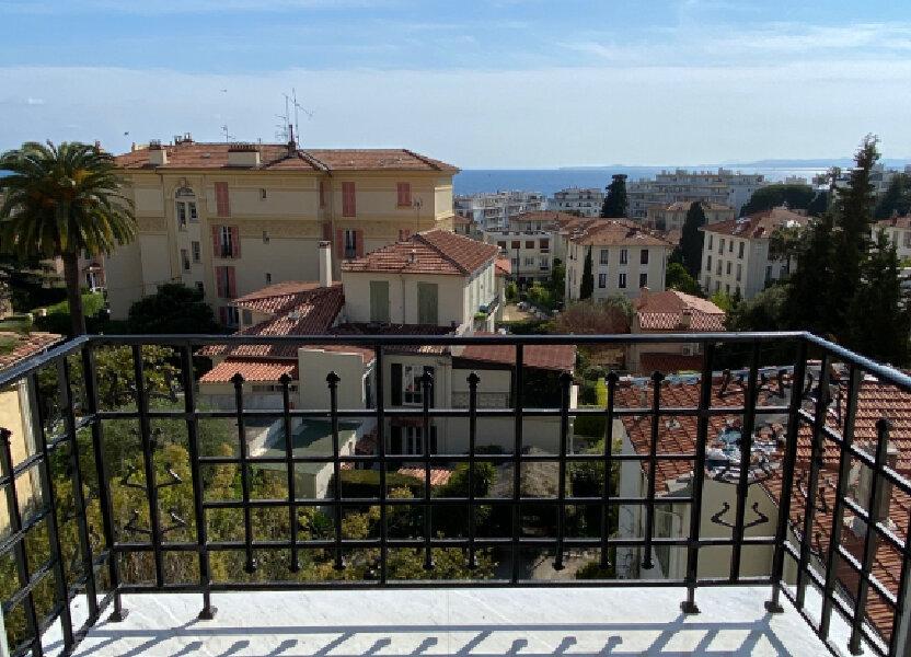 Appartement à louer 80.28m2 à Nice