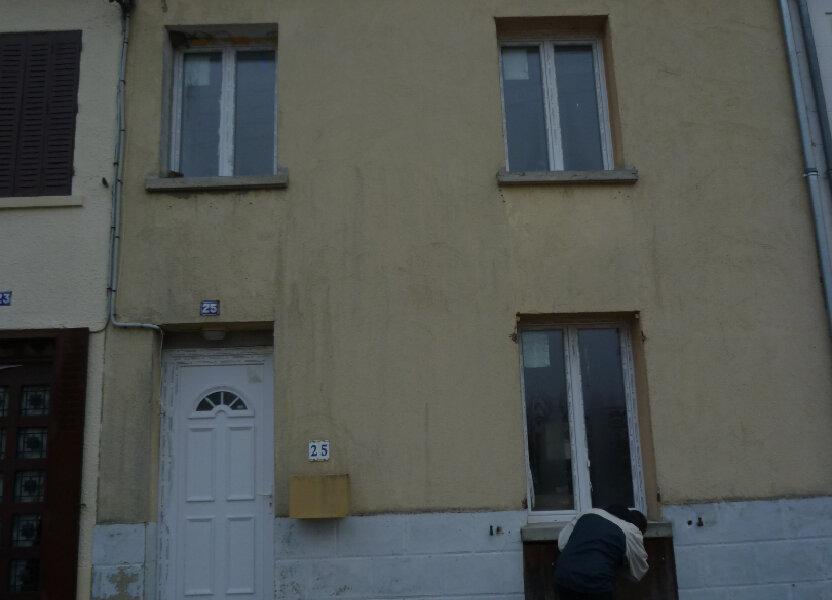 Maison à louer 75m2 à Sérifontaine