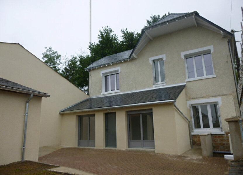 Maison à louer 82m2 à Château-Renault
