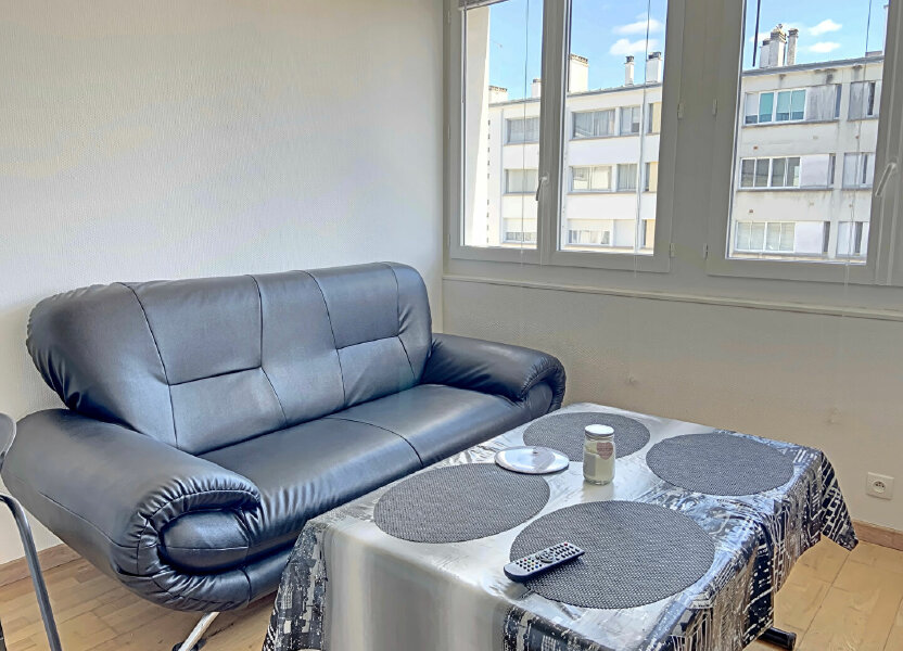 Appartement à louer 26m2 à Lorient