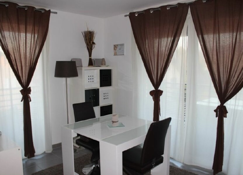 Appartement à louer 65.87m2 à Veigy-Foncenex