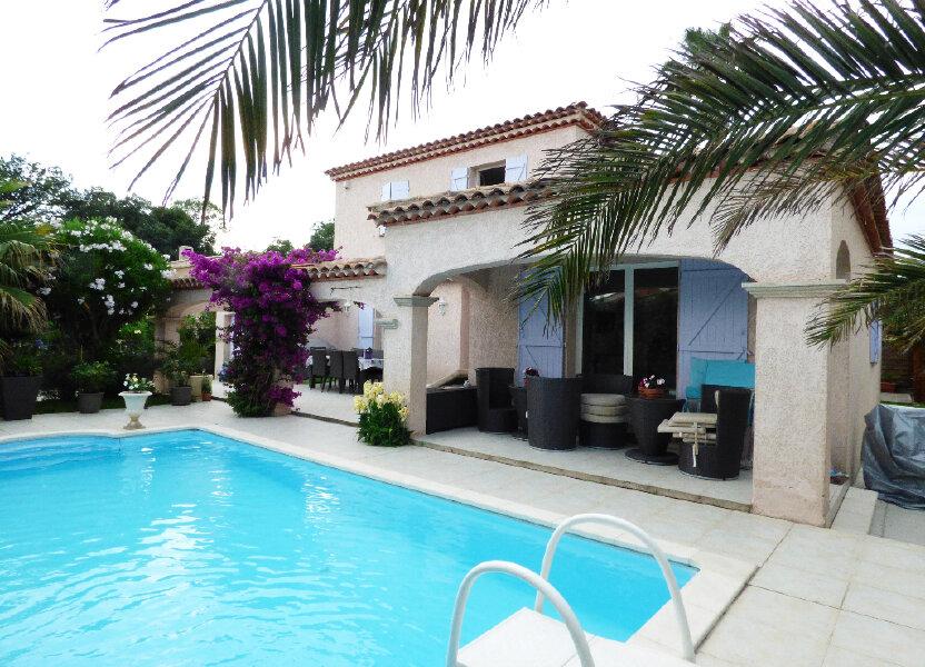 Maison à vendre 117m2 à Fréjus