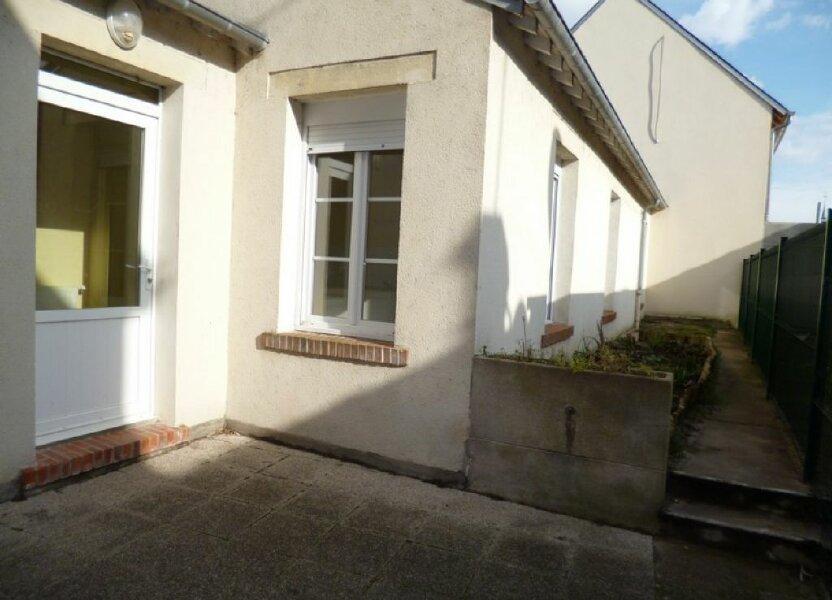 Appartement à louer 34m2 à Saint-Denis-de-l'Hôtel