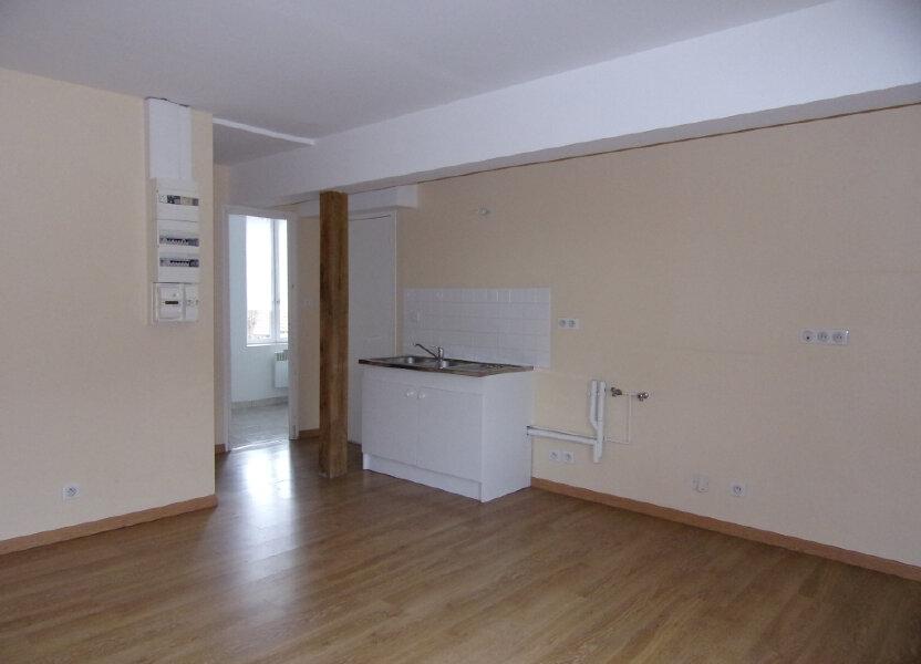 Appartement à louer 34m2 à Ladon