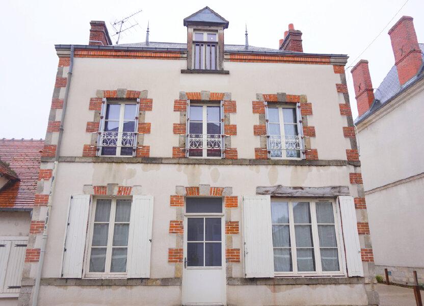 Maison à louer 82.7m2 à Saint-Benoît-sur-Loire