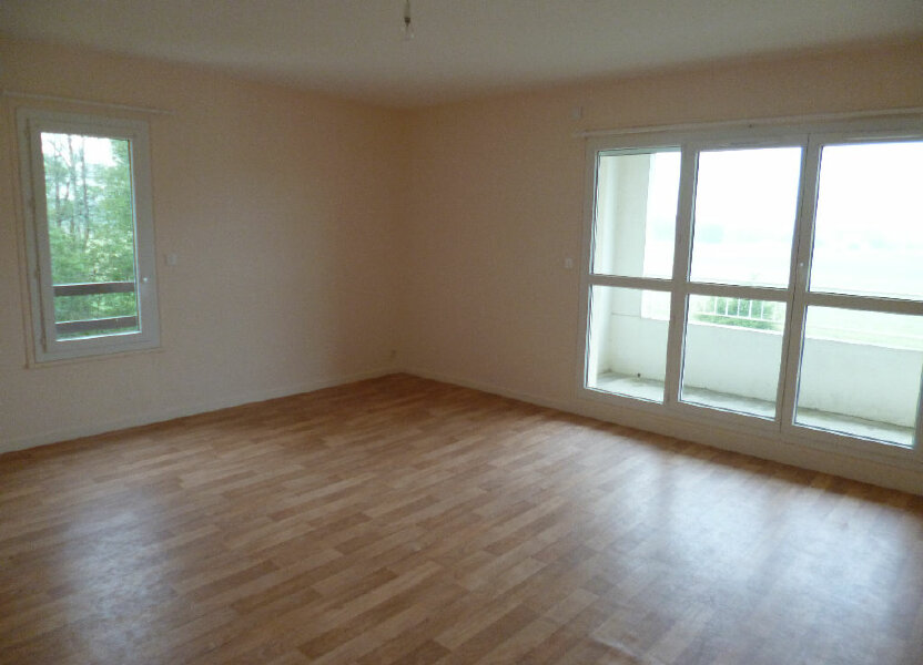 Appartement à louer 73m2 à Les Bordes