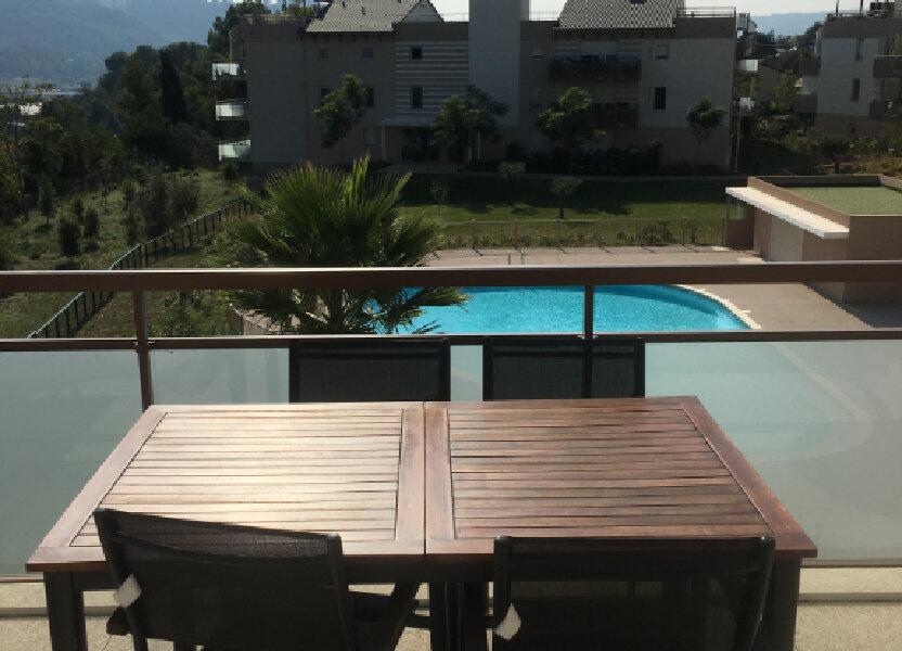 Appartement à louer 60.43m2 à Carros