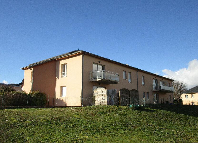 Appartement à louer 73.3m2 à Saint-Christophe-Vallon