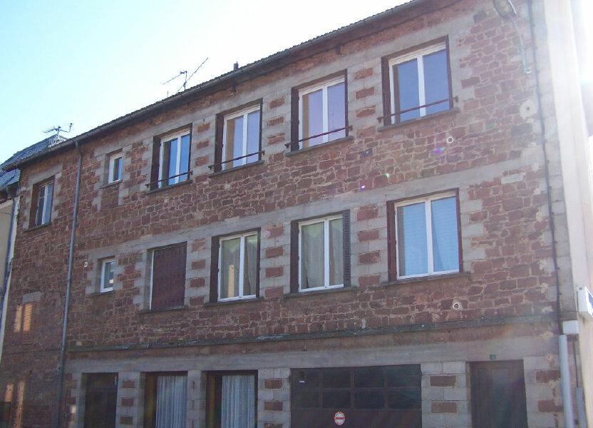 Appartement à louer 77m2 à Saint-Christophe-Vallon