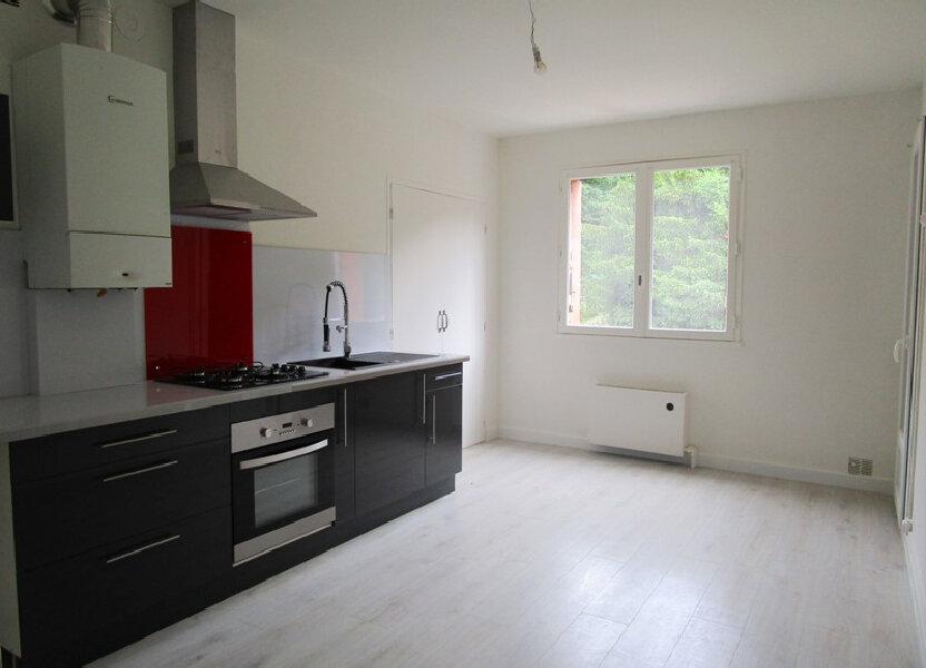 Appartement à louer 83m2 à Decazeville
