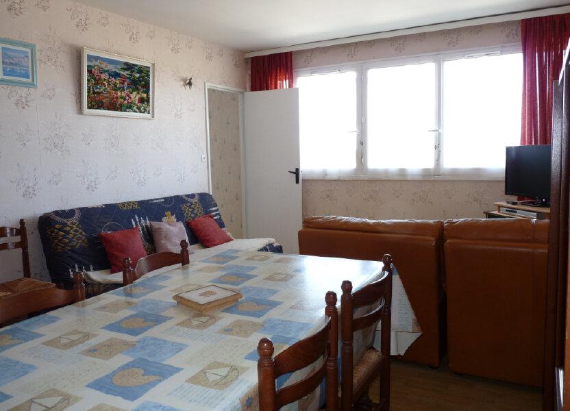 Appartement à vendre 57.11m2 à Royan