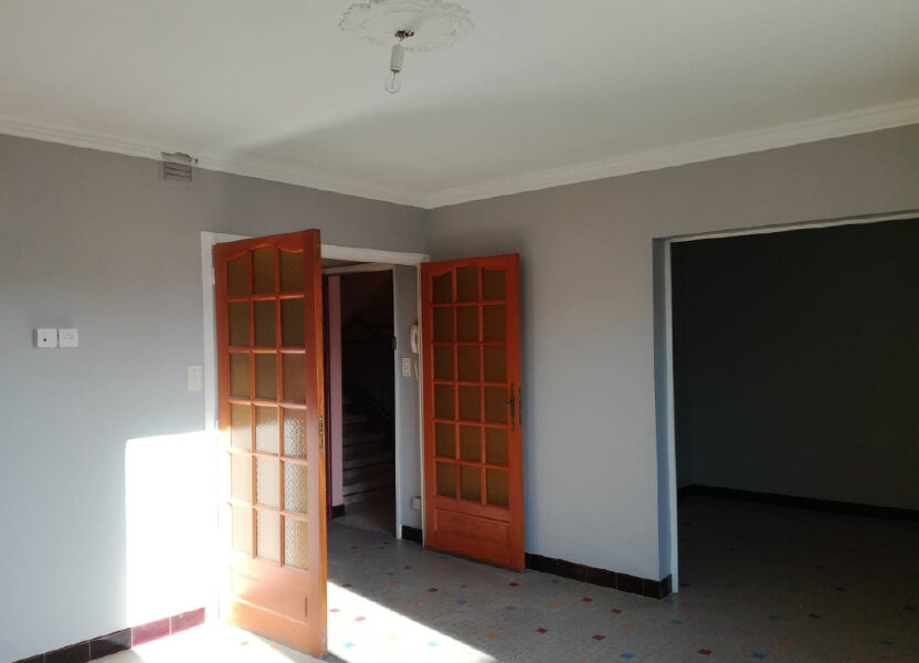 Appartement à louer 71.49m2 à Bourg-Saint-Andéol