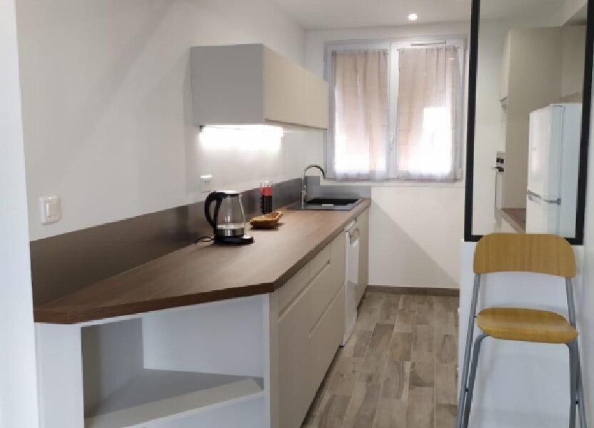 Appartement à louer 56.44m2 à Clamart