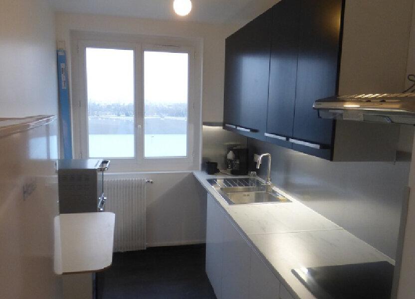 Appartement à louer 66.69m2 à Rosny-sous-Bois