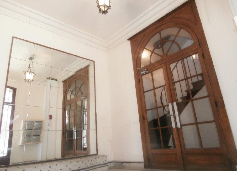 Appartement à louer 44.62m2 à Fontainebleau