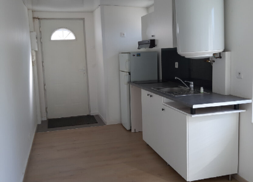 Appartement à louer 19m2 à Évreux