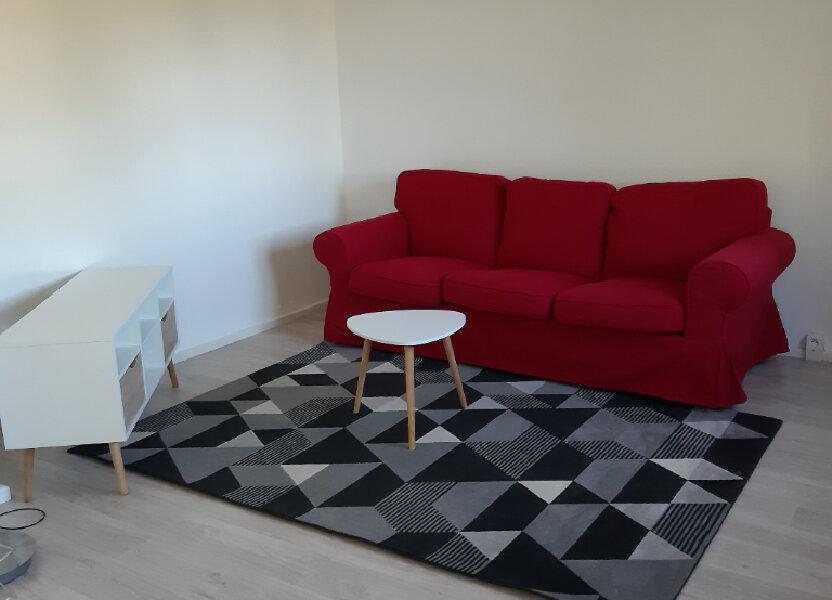 Appartement à louer 62.96m2 à Évreux