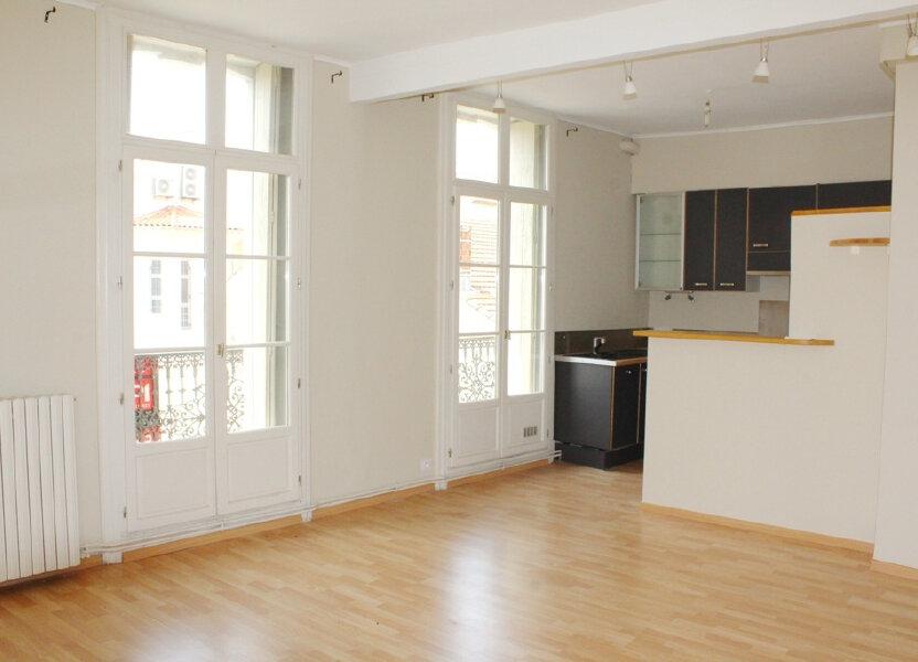 Appartement à louer 50m2 à Béziers