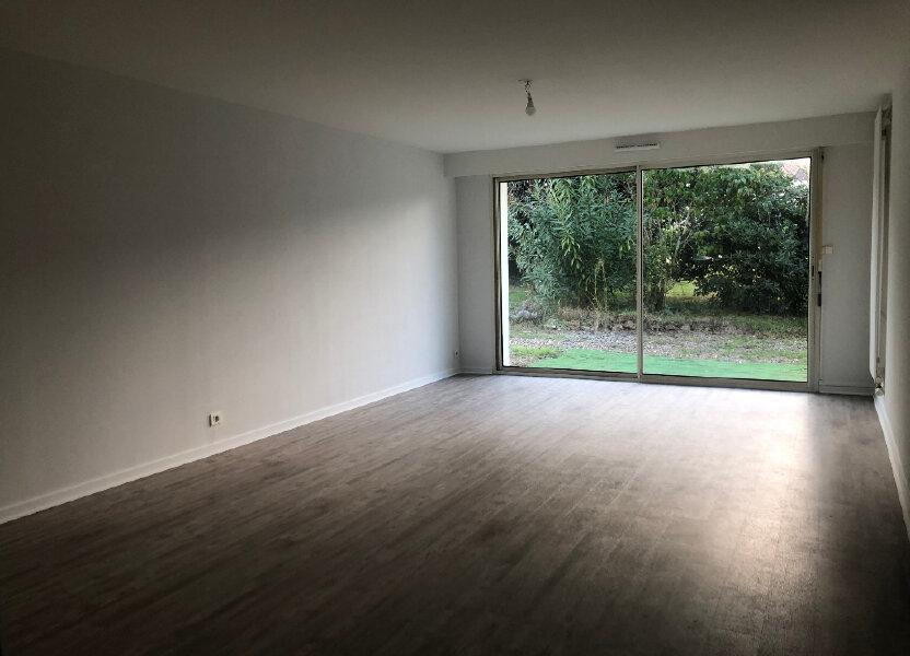 Appartement à louer 76.75m2 à Villeneuve-de-Marsan