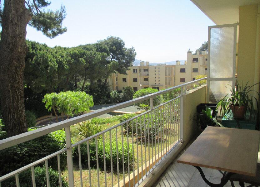 Appartement à louer 57m2 à Sanary-sur-Mer