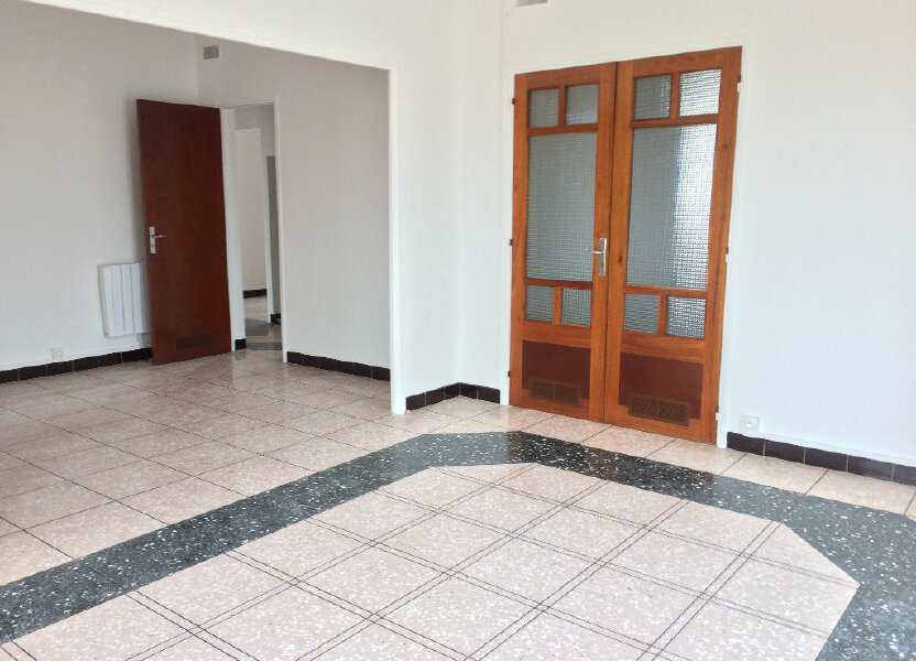 Appartement à louer 85.21m2 à La Seyne-sur-Mer
