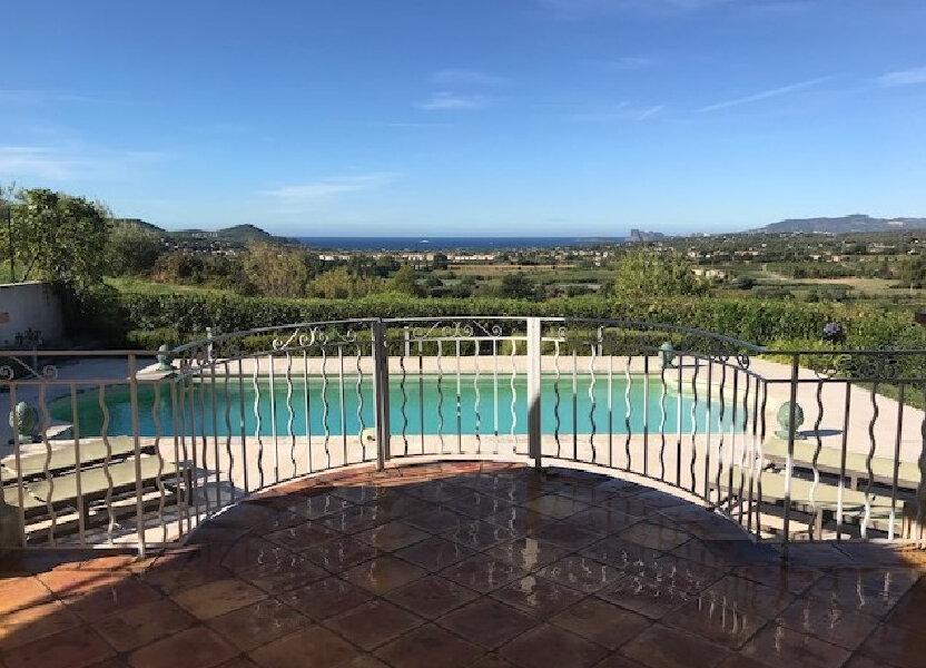Maison à louer 213m2 à La Cadière-d'Azur