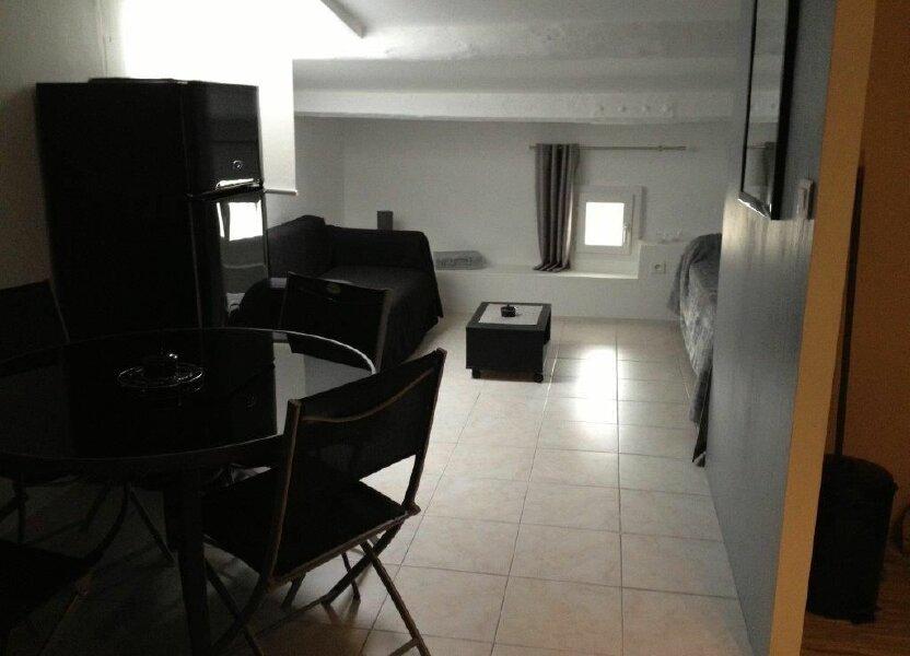 Appartement à louer 27m2 à Le Beausset