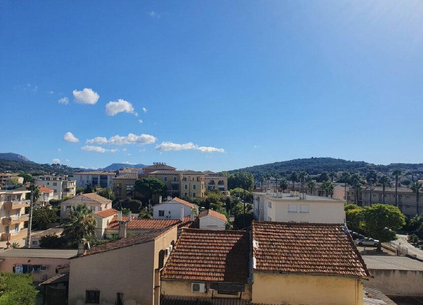 Appartement à louer 38.5m2 à Sanary-sur-Mer