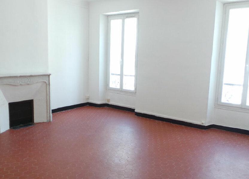 Appartement à louer 91.09m2 à Toulon