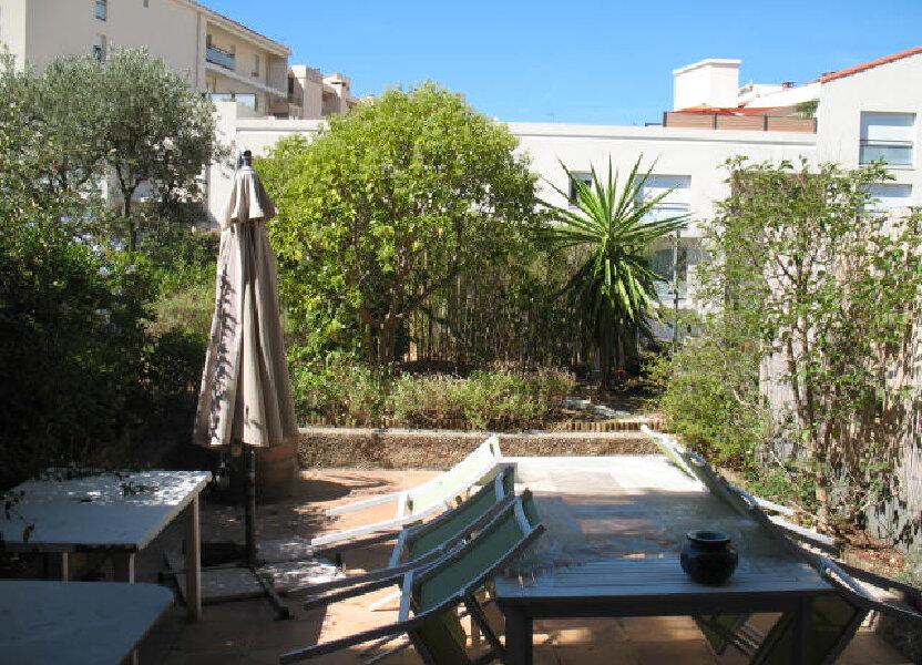 Appartement à louer 61.43m2 à Toulon
