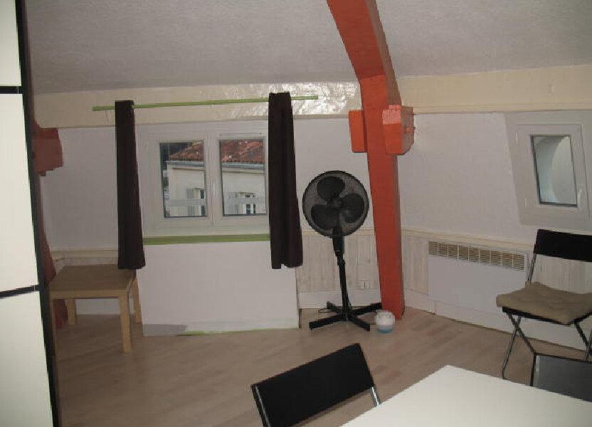 Appartement à louer 25.42m2 à Toulon