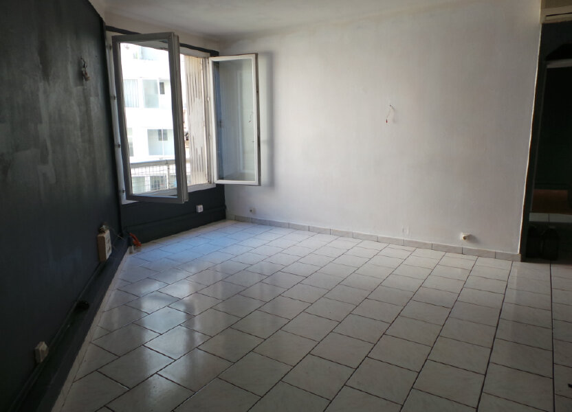 Appartement à louer 50.57m2 à Toulon
