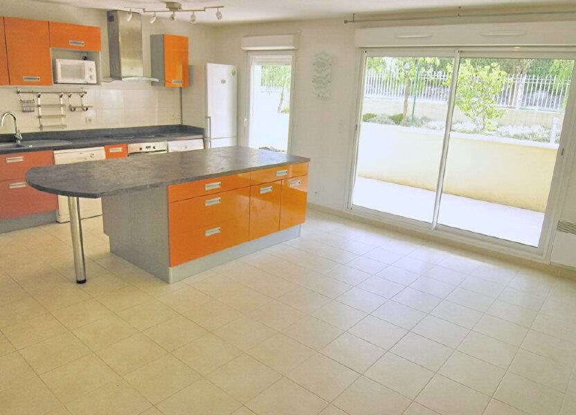 Appartement à louer 64.3m2 à Grasse
