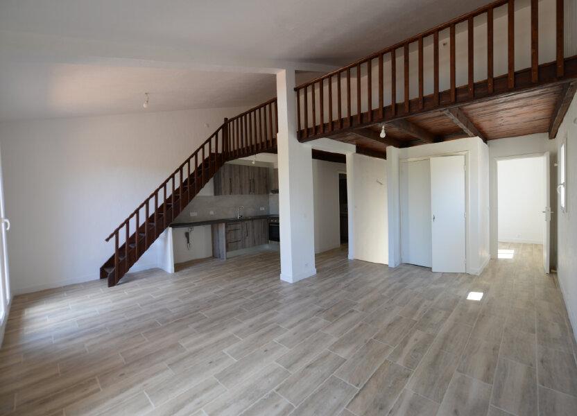 Appartement à louer 65m2 à Peymeinade