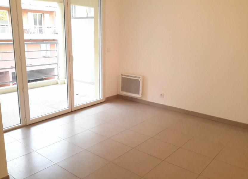 Appartement à louer 52m2 à Grasse