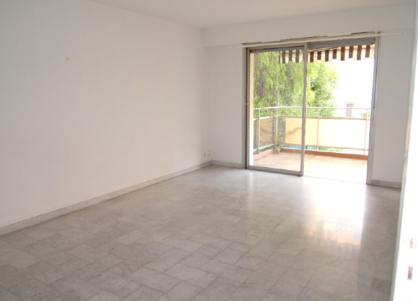 Appartement à louer 54m2 à Nice