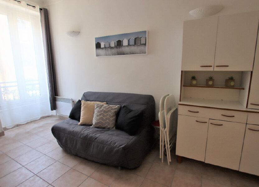 Appartement à louer 21.43m2 à Nice