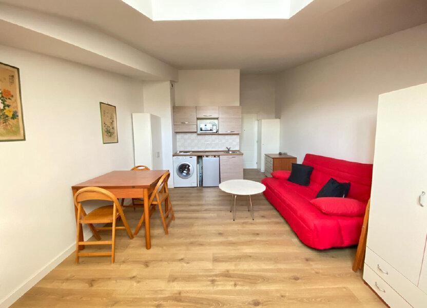 Appartement à louer 25.02m2 à Nice