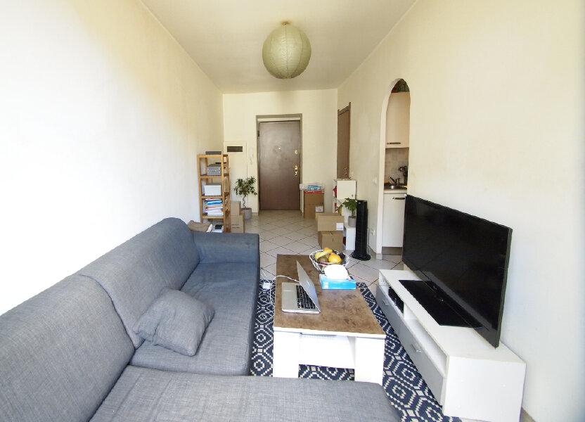Appartement à louer 22.48m2 à Nice