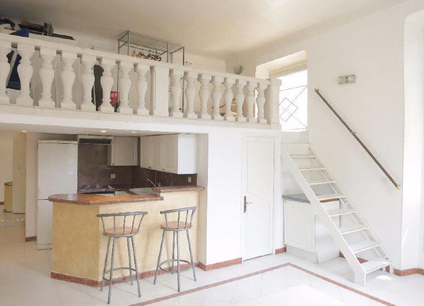 Appartement à louer 46m2 à Nice